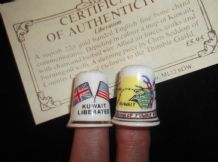 2 X COLLECTABLE 22ct GILDED CHINA THIMBLES + 1 CERT LIBERATION OF KUWAIT